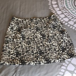 Kenneth Cole skirt black and white size 12